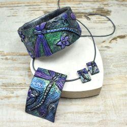 biżuteria z ważką fioletowa