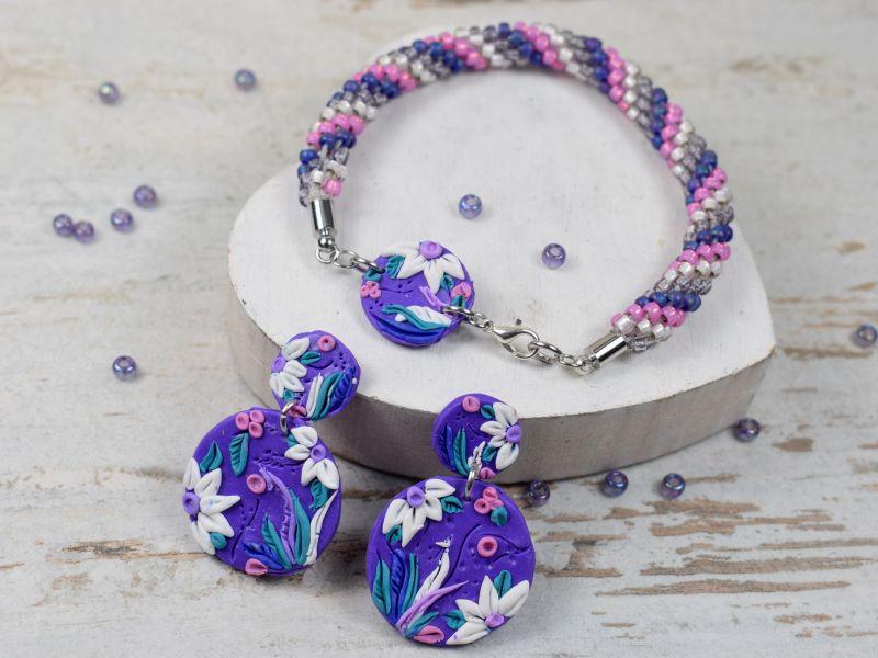 Fioletowa, kolorowa biżuteria - kolczyki koła i bransoletka