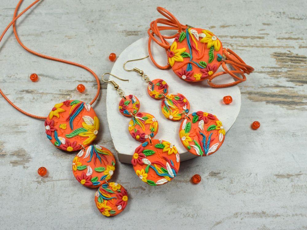 Energetyczna, kolorowa biżuteria idealna na lato